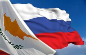 Η Κύπρος δεν κάνει τίποτα περισσότερο στο θέμα των υπηκοοτήτων απ' ότι κάνουν και οι υπόλοιπες χώρες της ΕΕ, δηλώνει ο κ. Χάσικος.